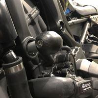XSR900-2015-Bullet-Frame-Slider-LHS-STREET_2
