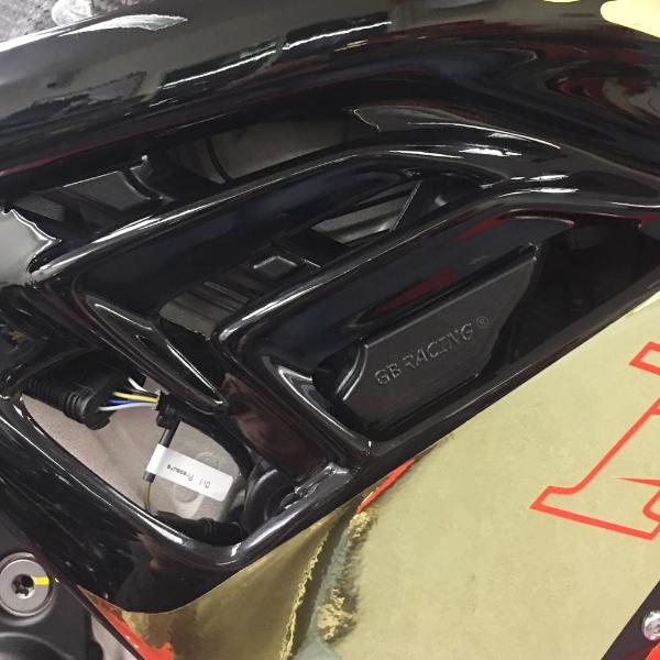 GBRacing-BMW-S1000RR-2019-frame-protectors-RHS