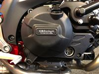 SV650-2015-Clutch-Cover-GBRacing-fitting